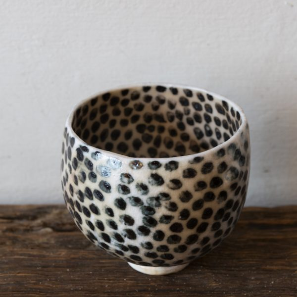 Bowl with spots by Priscilla Mouritzen
