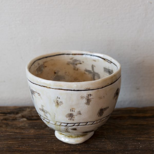 Bowl with crosses by Priscilla Mouritzen