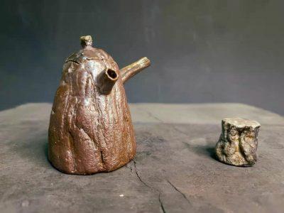 Cunze Yuan, Tea pot#1, Tea cup#2, clay, Dimensions tea pot 8.5x6x9.5cm,cup 5.5x5.5x5.5cm, 2021, Photo by Yibo He